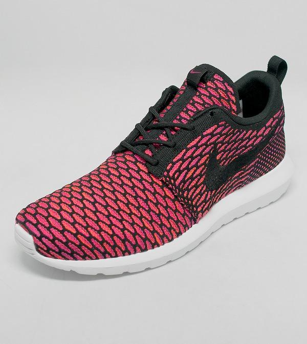Nike Roshe Run Flyknit 'Fireberry' | Size?