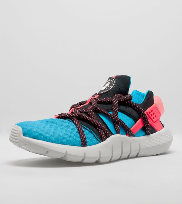size 40 ab600 b5f49 Nike Air Huarache NM