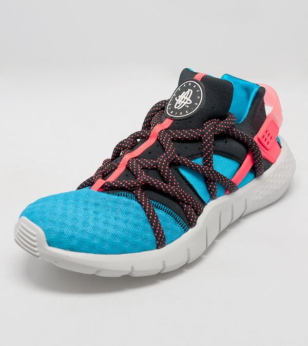 size 40 78efb 621df Nike Air Huarache NM