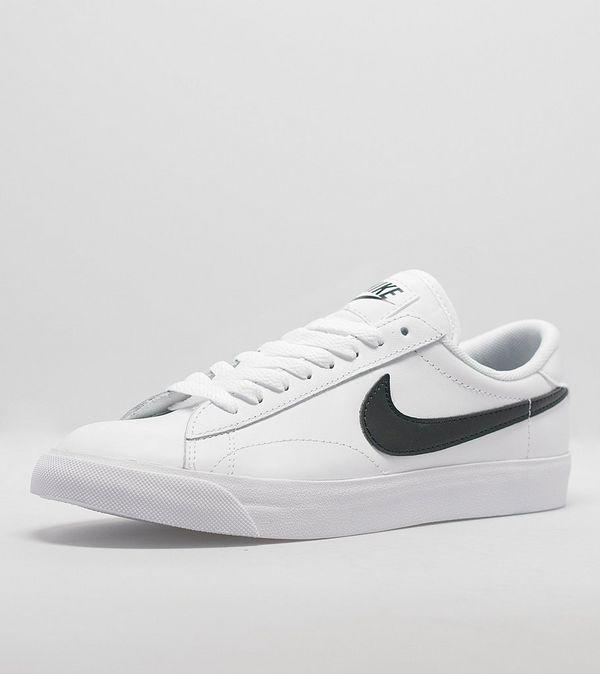 brand new 964dd 72cfa Nike Tennis Classic AC Women s