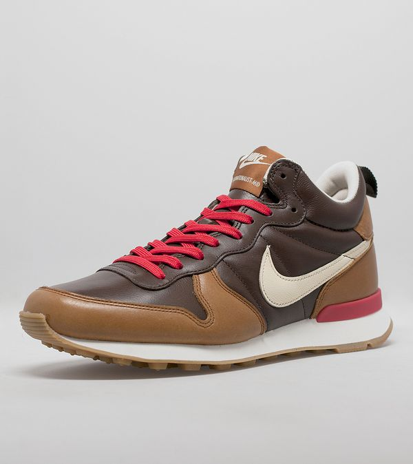 buy online 4329e 247f8 Nike Internationalist Mid QS  Escape Collection