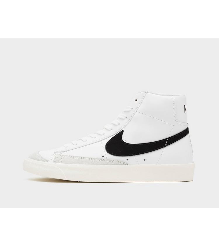 Nike Blazer Mid '77 QS