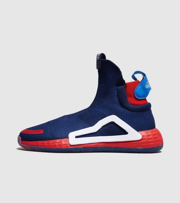 chaussure nike marvel