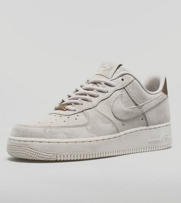392bc62cc7dc5 Nike Air Force 1 Suede Women's | Size?