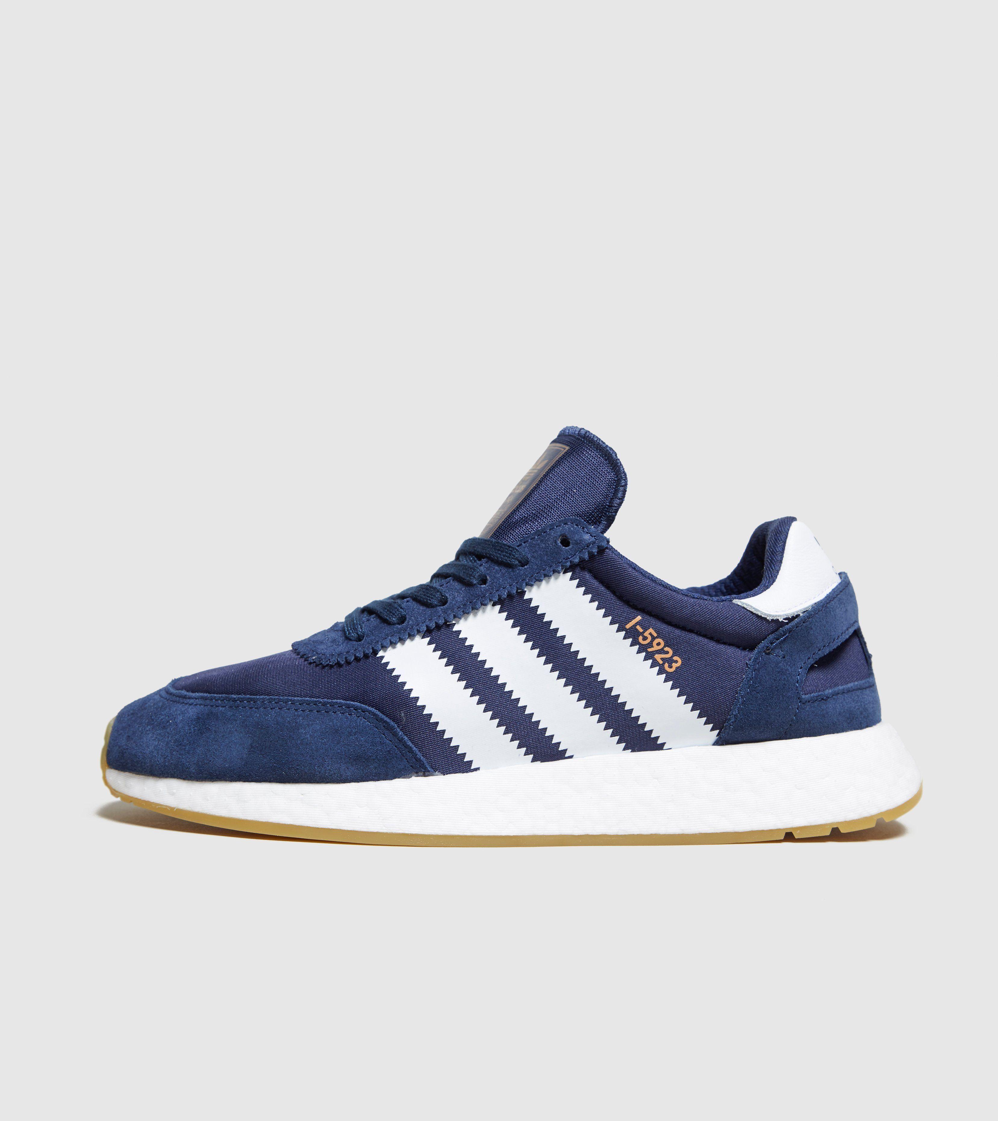 buy popular f7b71 19ca7 adidas Originals Iniki Runner Boost   Size