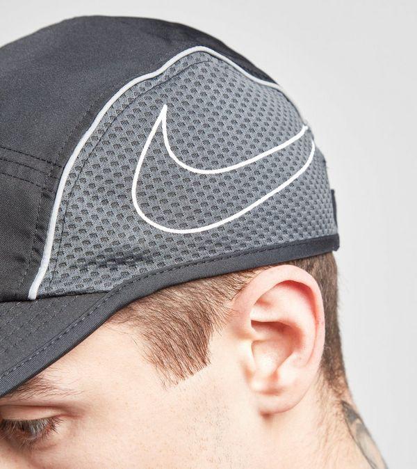 d46e6060a3b Nike Run Swoosh Curved Peak Cap