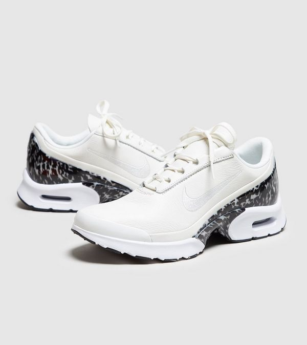4334c3a93e Nike Air Max Jewell LX Women's | Size?