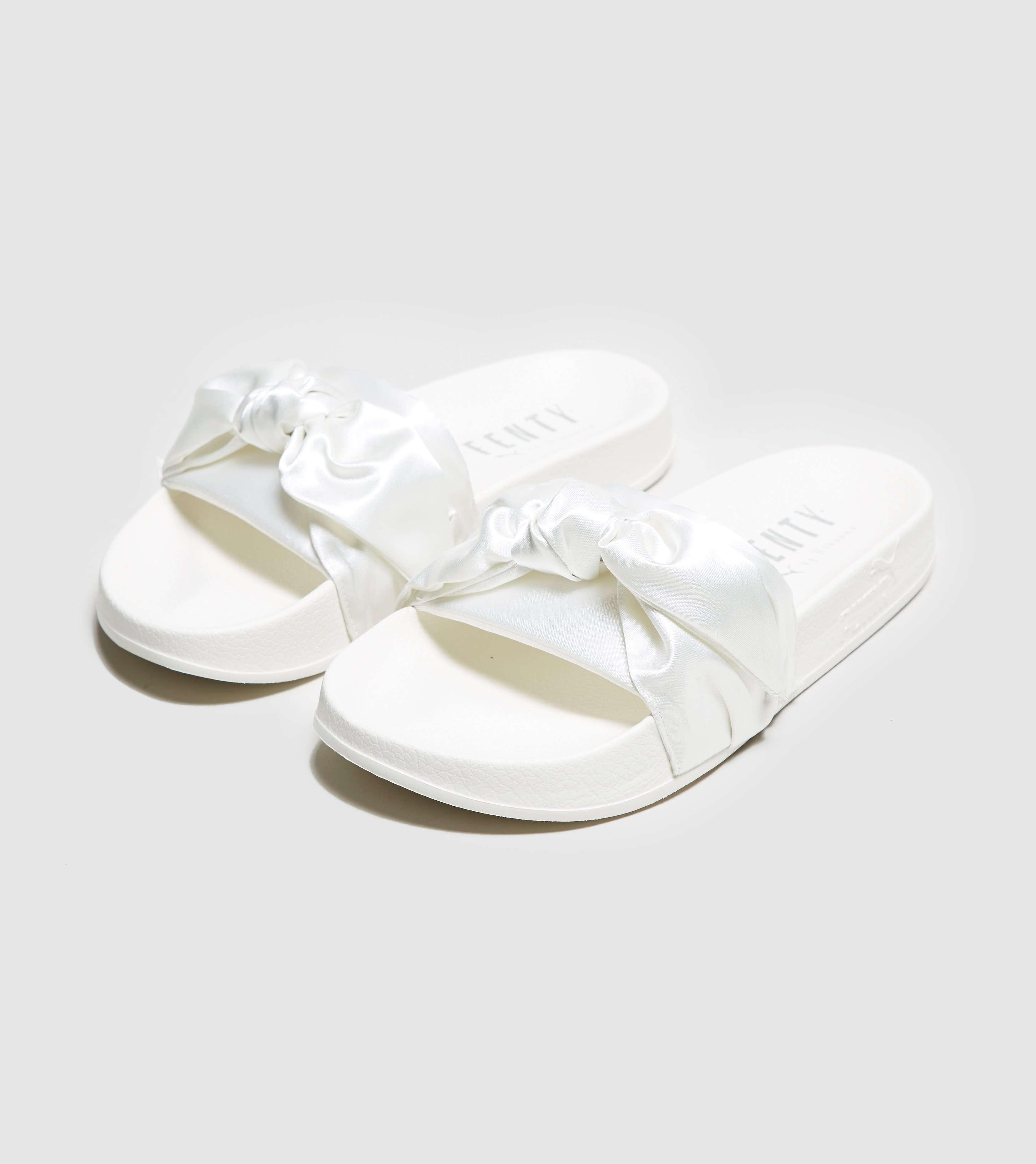online store 0c6c5 d6e37 PUMA Fenty Bow Slide Women's | Size?