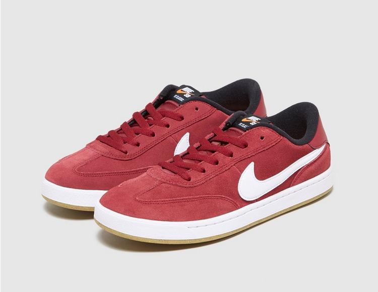 Nike FC SB