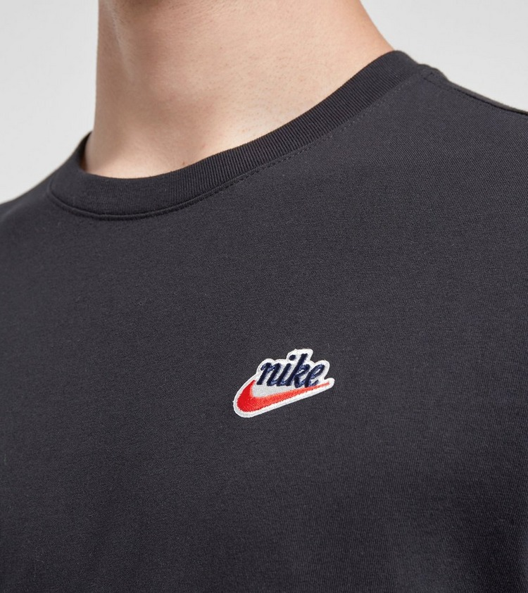 Nike Heritage Long Sleeve T-Shirt