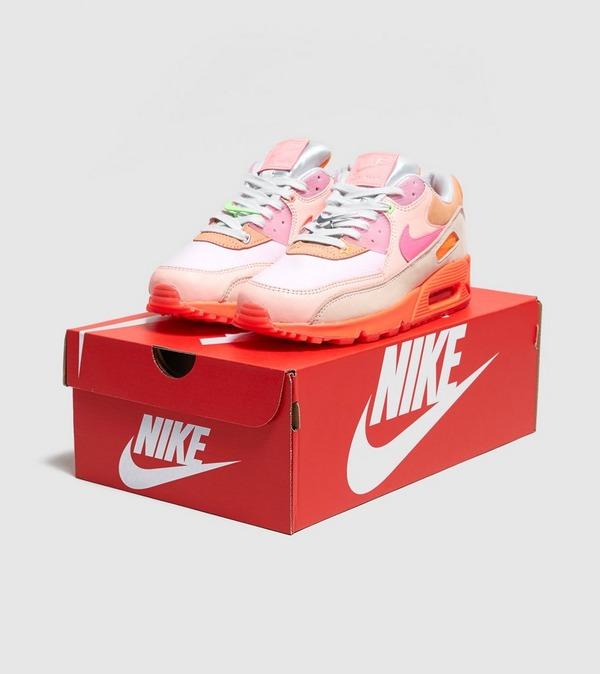 Nike Air Max 90 'Bright Pink' | Size?