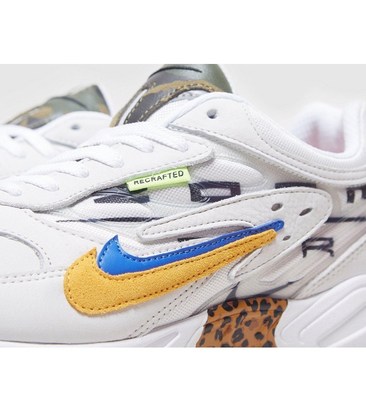 Nike Air Ghost Racer - size Exclusive?