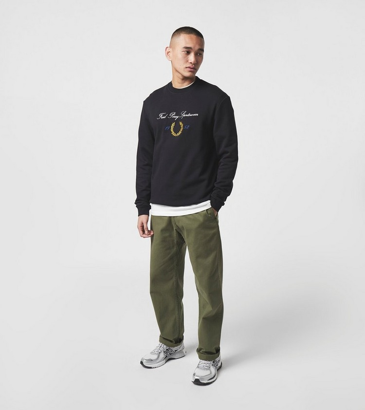 Fred Perry Script Logo Sweat Shirt - size Exclusive?