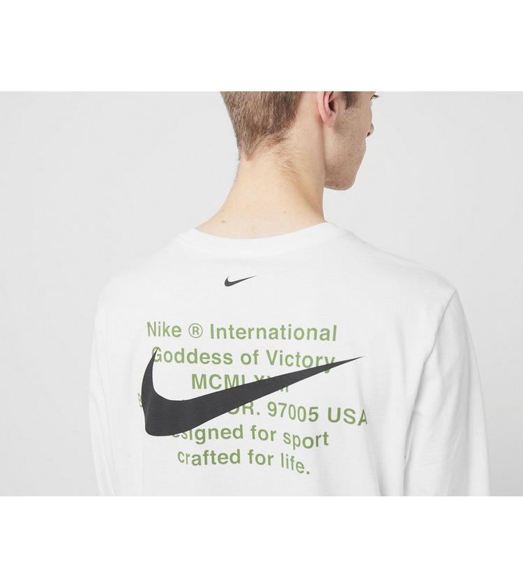 Nike Swoosh Long Sleeve T-Shirt