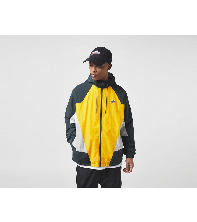 Nike Heritage Signature Windbreaker