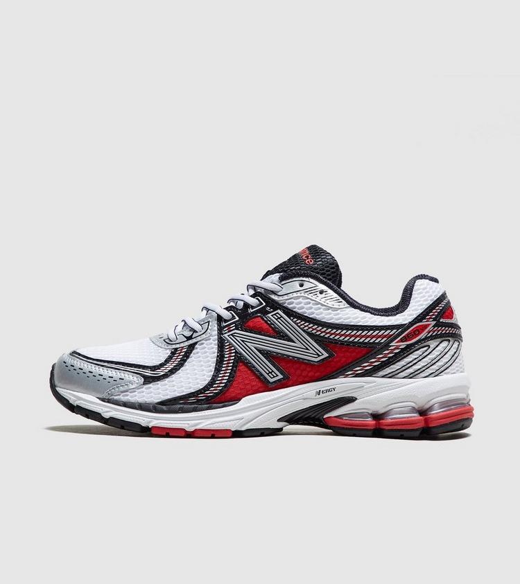 New Balance 860 v2