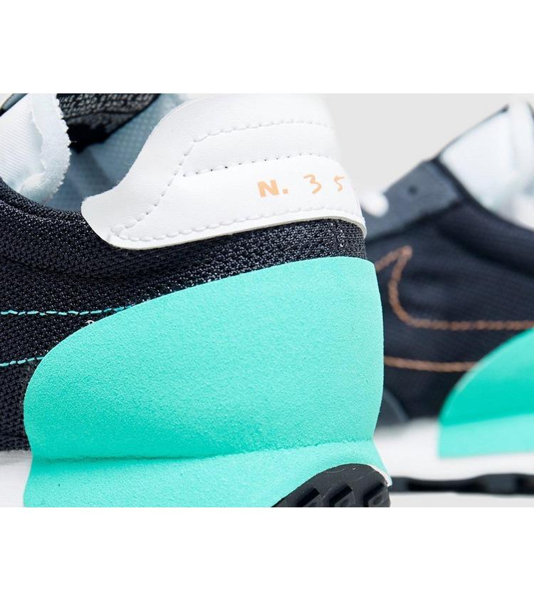 Nike Daybreak Type Women's
