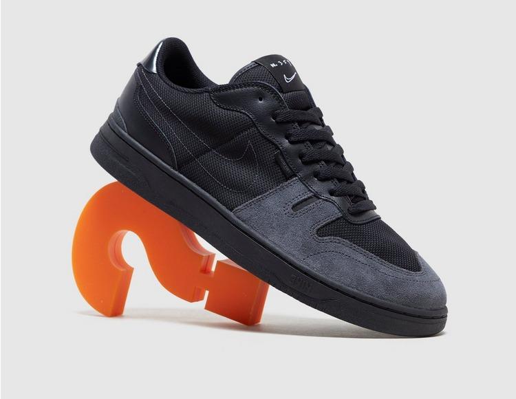 Nike Squash Type