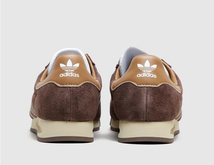 adidas Originals AS 520 Women's