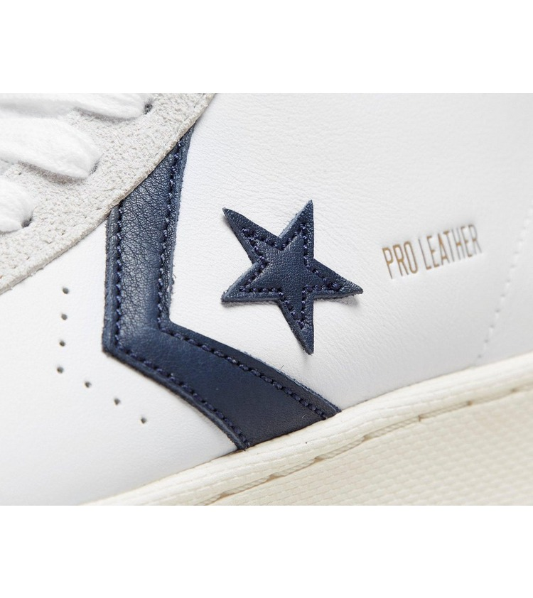 Converse Pro Leather Women's