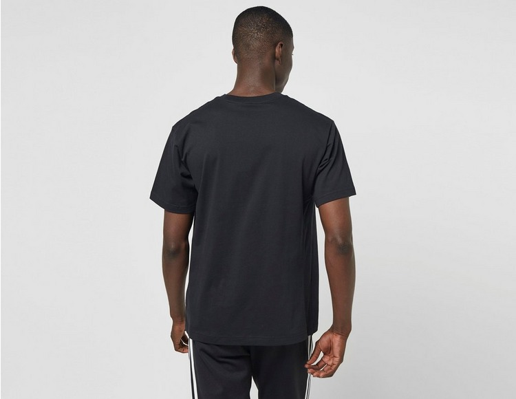 adidas Originals Circle Trefoil T-Shirt