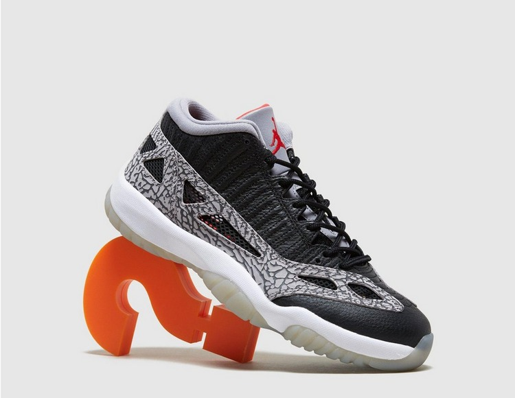 Jordan Air 11 Low IE