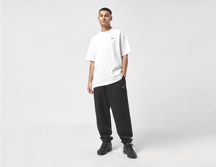 Nike Premium Essential T-Shirt