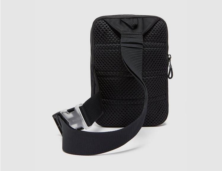 Nike Nike Sportswear Essentials Hüfttasche