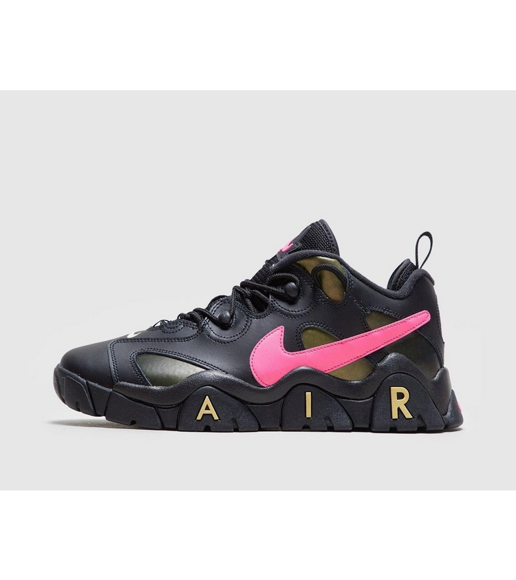 Nike Air Barrage Low QS