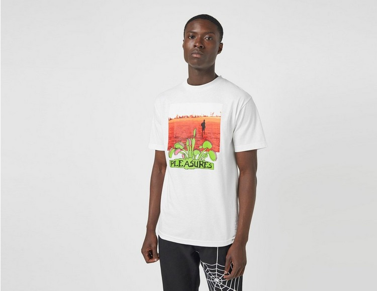 Pleasures T-Shirt Trapped