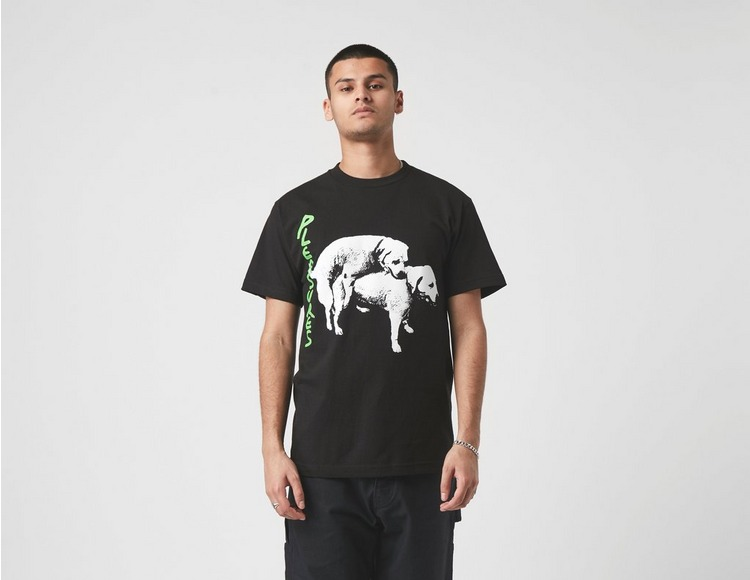 Pleasures T-Shirt Hump