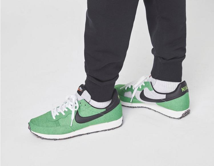 Nike World Tour Joggers