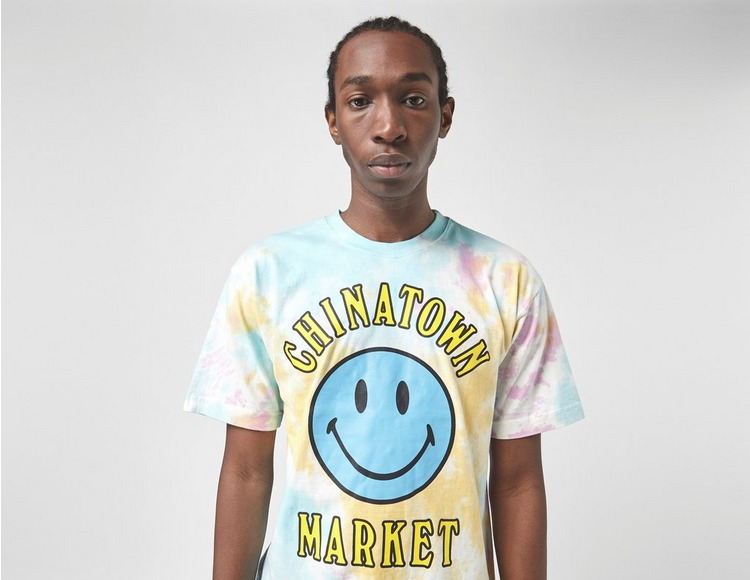 Chinatown Market Smiley Tie Dye T-Shirt