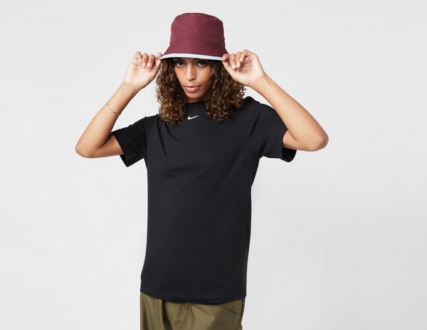 Nike Essential Logo Boyfriend T-Shirt Dames