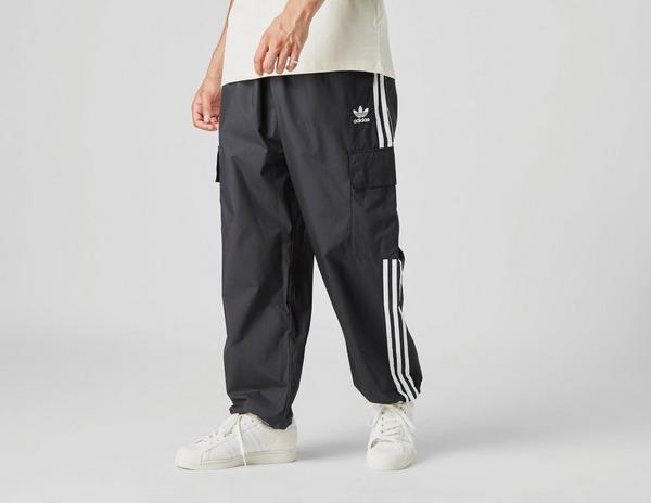adidas Originals Adicolor Classics 3-Stripes Cargo Pants