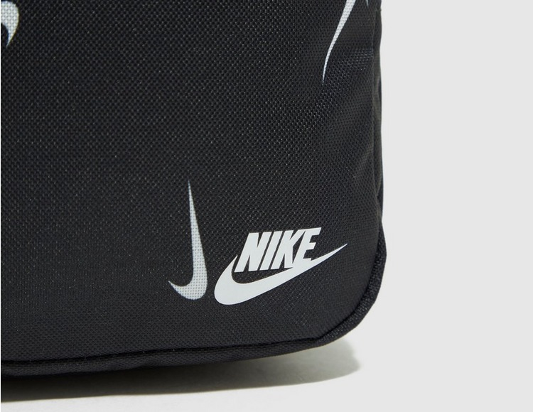 Nike Sportswear Heritage Body Bag