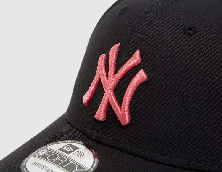 New Era New York Yankees League Essential 9FORTY Cap