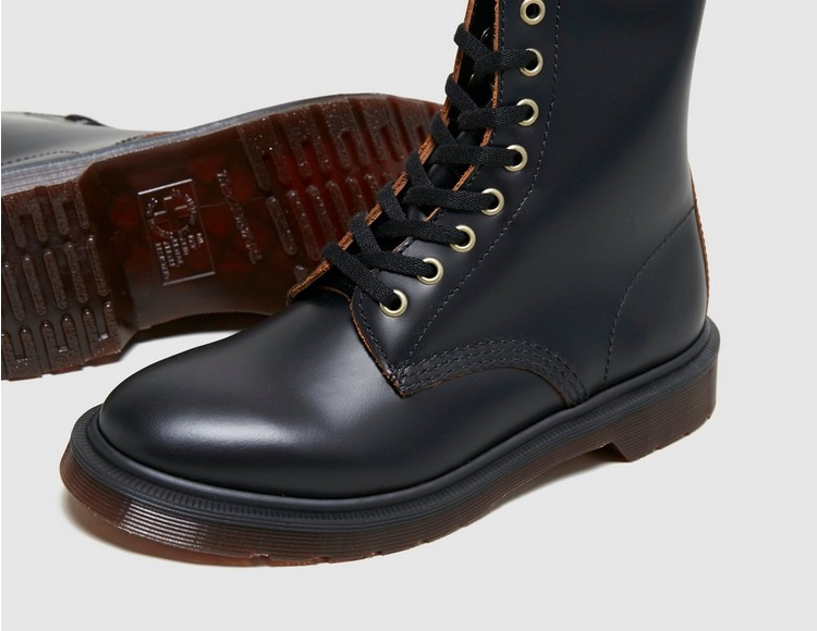 Dr. Martens 1460 Vintage Smooth Leather Boots Women's