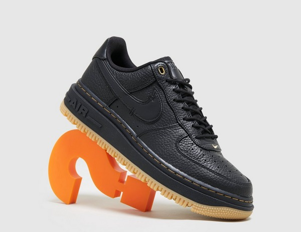 Nike Air Force 1 Luxe