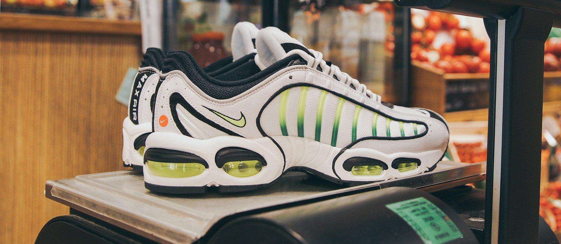 quality design 1fb55 4463b Nike Air Max Tailwind IV