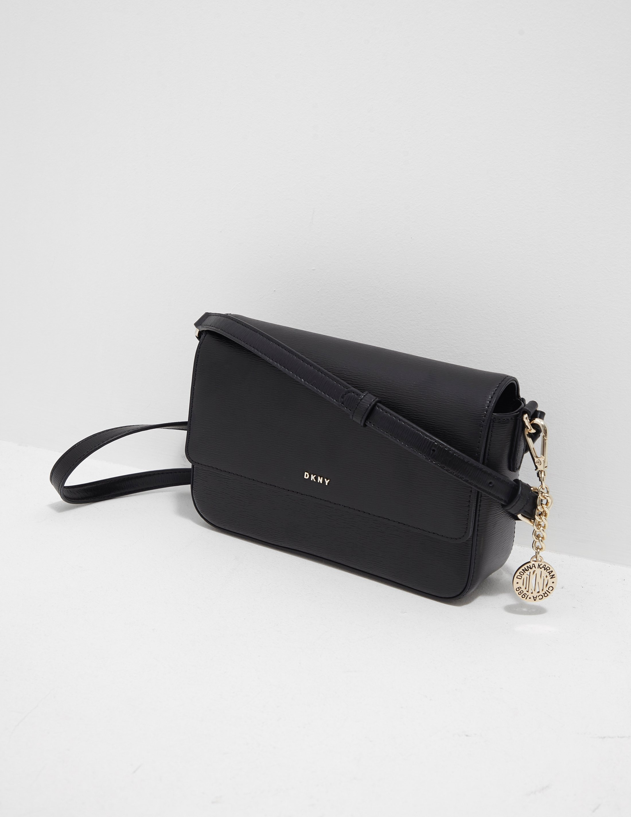 DKNY Bryant Shoulder Bag | Tessuti