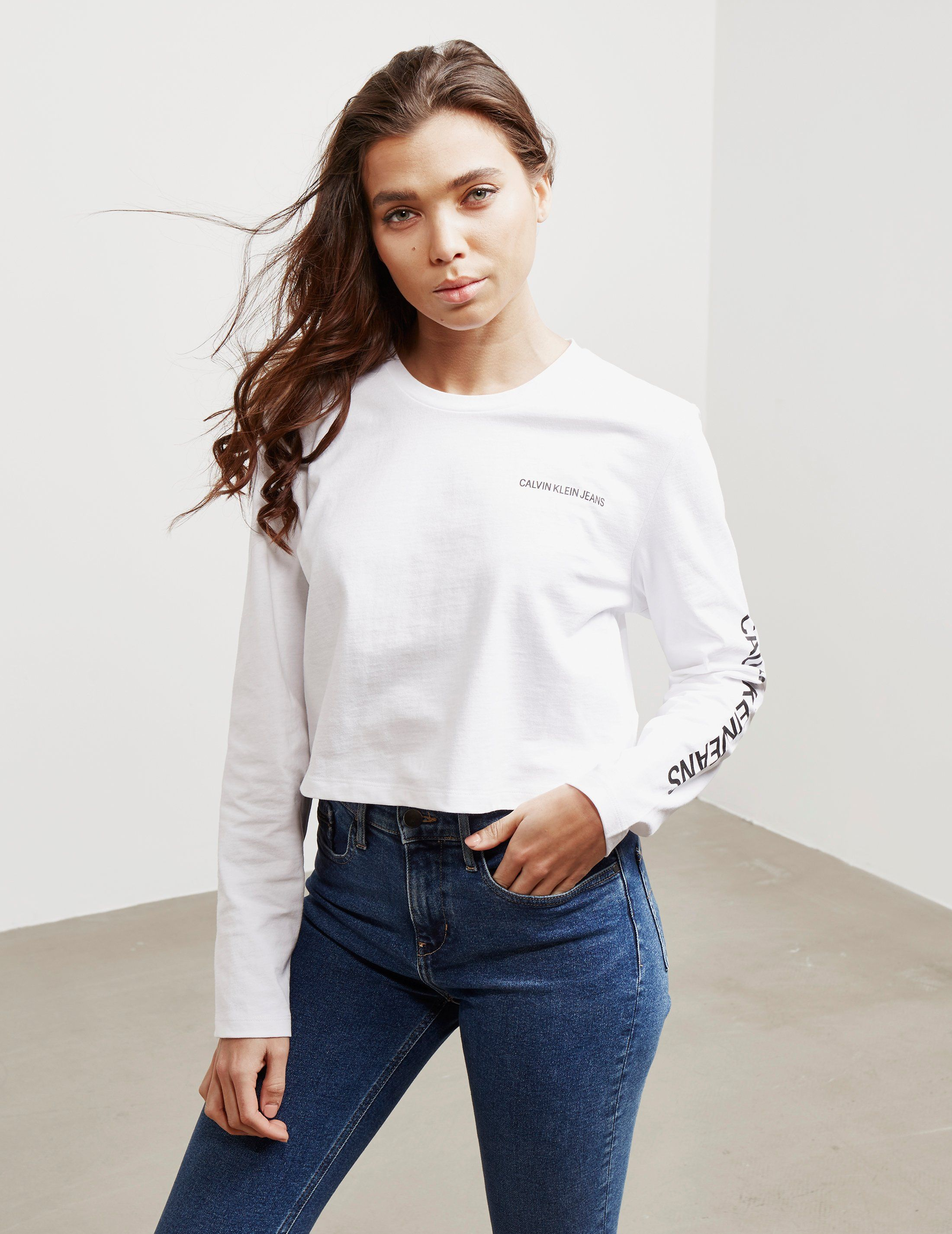 Calvin Klein Jeans Institutional Cropped Long Sleeve T-Shirt