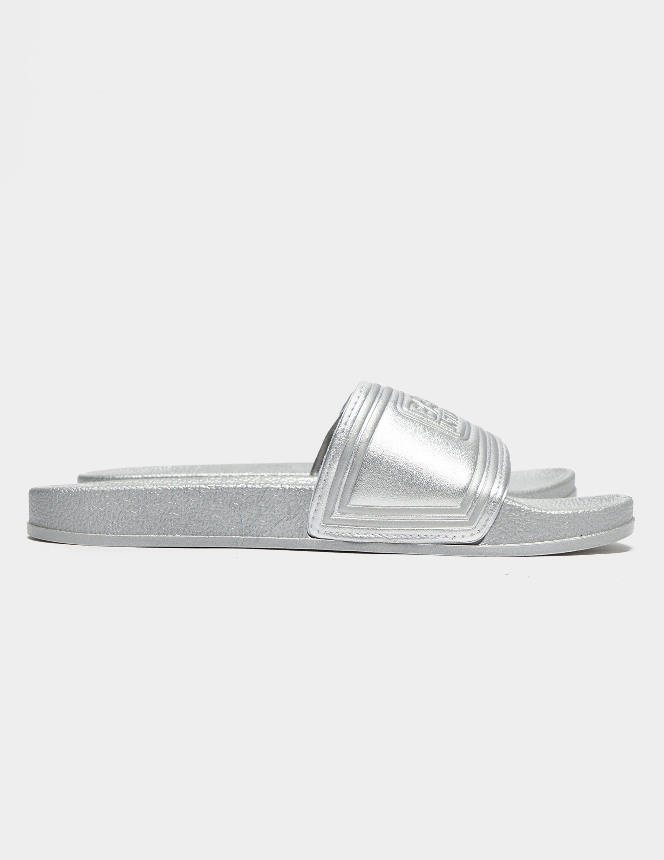 Barbour International Slides