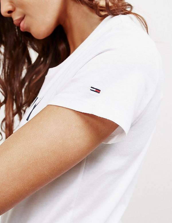 Tommy Jeans Essential NY Flag Short Sleeve T-Shirt
