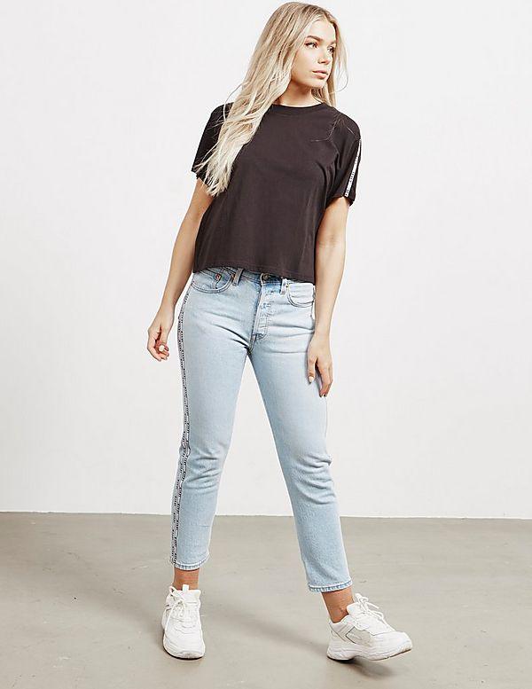 Levis Tape Crop Short Sleeve T-Shirt