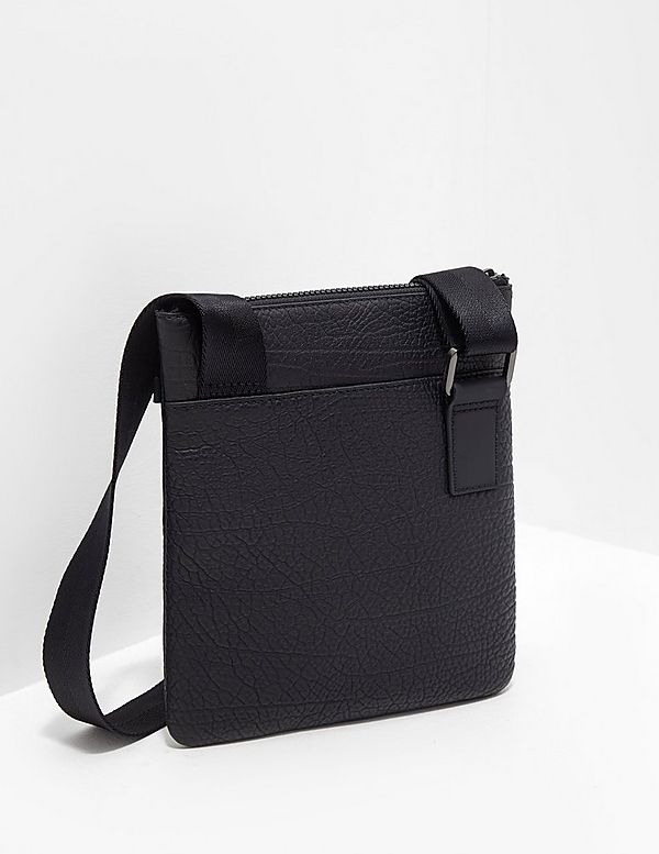 HUGO Victor Small Item Bag