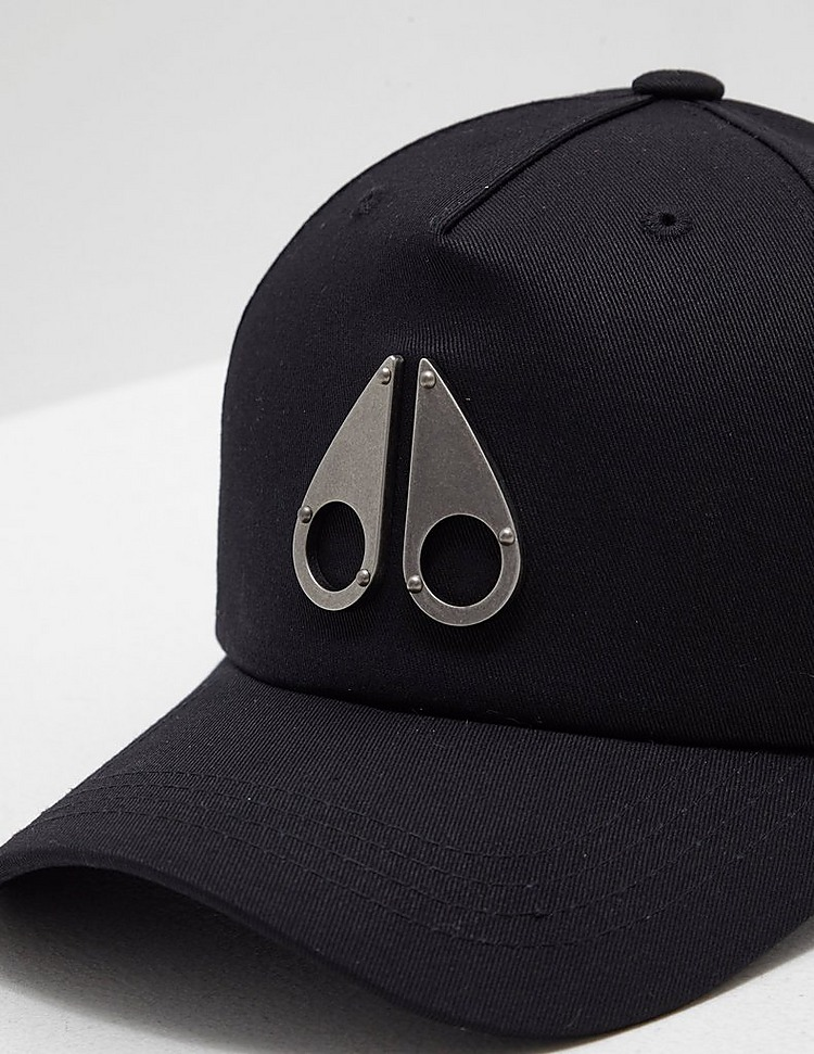 Moose Knuckles Metal Cap