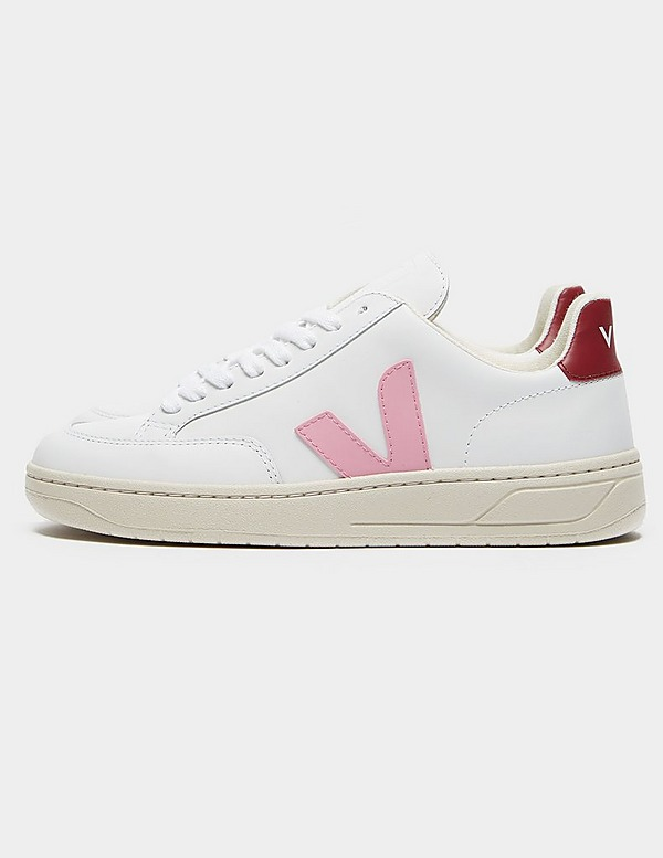 Veja V12 Leather