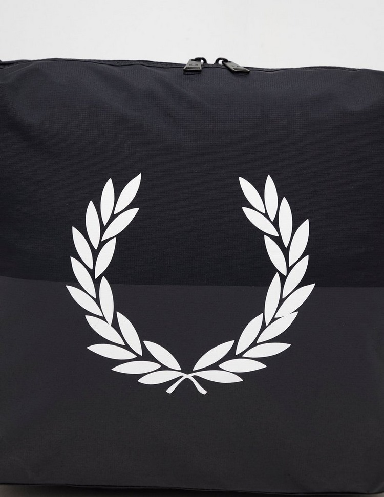Fred Perry Logo Messenger Bag