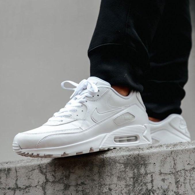 Nike Air Max 90 brancas